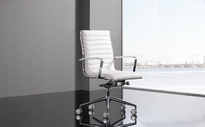 Silla de oficina Blanca modelo Trinity