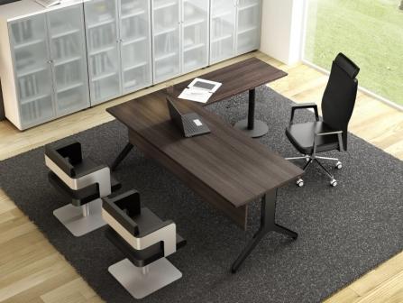 Mesa de despacho con ala y faldón