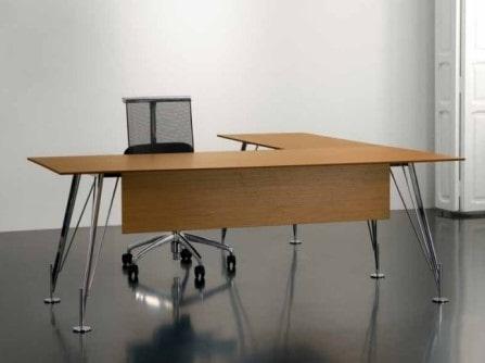 Mesa de oficina con ala y base de cromo Heos
