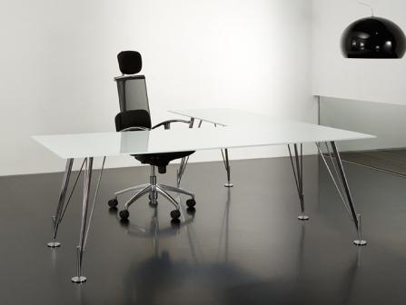 Mesa de oficina Heos de cristal con ala