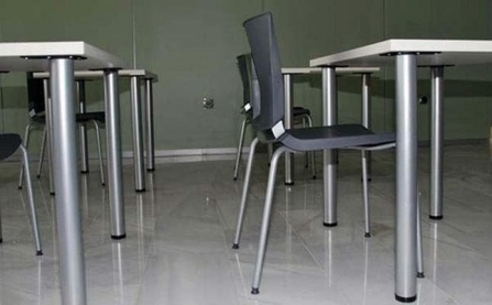 Mesa de formación para aulas vista lateral