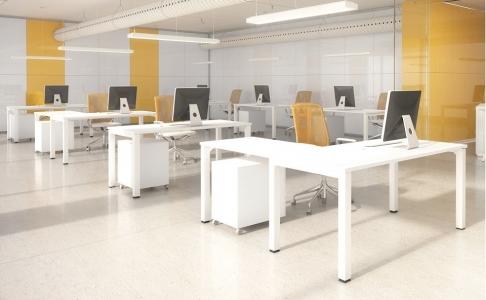 Mesas de oficina de diversos modelos y acabados al mejor precio.